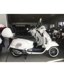 Piaggio Vespa GTS 300